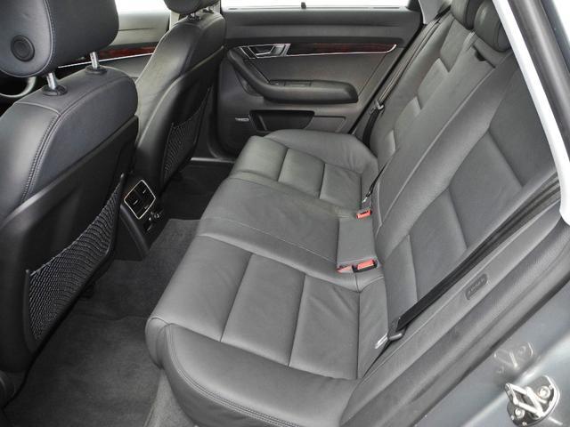 2.8FSIクワトロ 1オーナー屋内保管4WD黒本革インテリアシートヒーターマルチナビ地デジフルセグ禁煙車走行42000KMディーラー整備記録簿(8枚目)