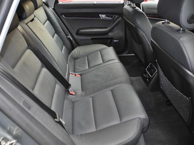 2.8FSIクワトロ 1オーナー屋内保管4WD黒本革インテリアシートヒーターマルチナビ地デジフルセグ禁煙車走行42000KMディーラー整備記録簿(9枚目)