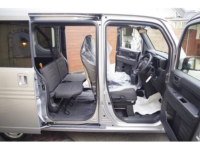 現車は全くの未使用です、かなりリーズナブルになります保障継承手続きさえ出来ていれば、新車と同様のメーカー保証が適応されます。