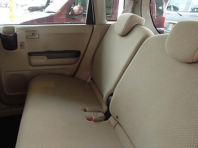後部座席もゆったり座れます!キーレス ETC ドライブレコーダー CD ABS