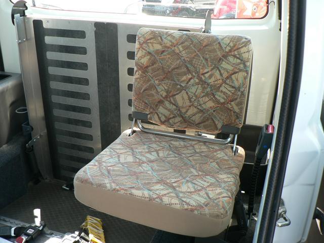 車椅子移動車 4WD(16枚目)