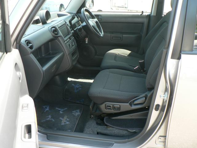 福祉車輌 助手席シートリフトアップ 4WD(10枚目)