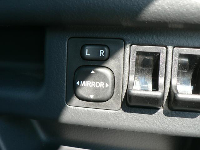 福祉車輌 助手席シートリフトアップ 4WD(19枚目)