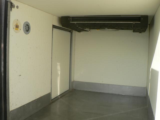 冷蔵冷凍車 -30℃設定 5速マニュアル(15枚目)