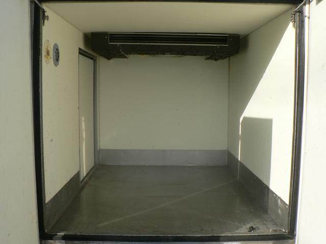 冷蔵冷凍車 -30℃設定 5速マニュアル(16枚目)