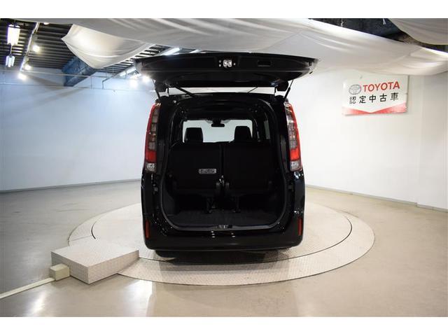 Gi ブラックテーラード フルセグ メモリーナビ DVD再生 バックカメラ 衝突被害軽減システム ETC 両側電動スライド LEDヘッドランプ ウオークスルー 乗車定員7人 3列シート アイドリングストップ(9枚目)