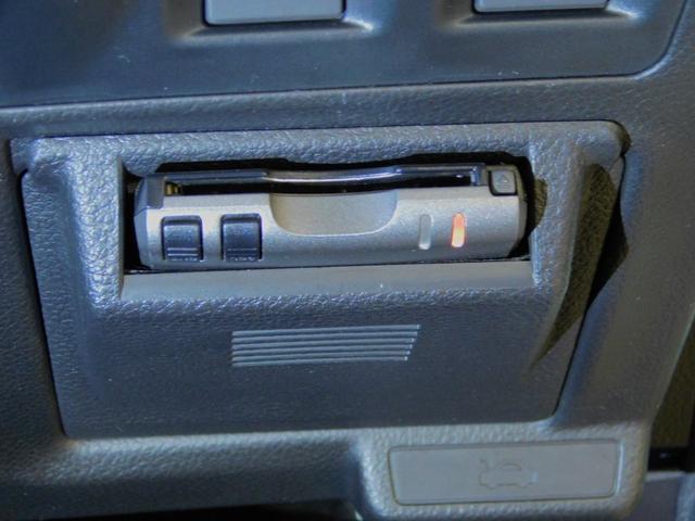 2.0i-S アイサイト メモリーナビゲーション フルセグテレビ ETC DVD再生機能 CD スマートキー ディスチャージヘッドライト 純正アルミホイール 衝突軽減ブレーキ 踏み間違いブレーキ クルーズコントロール(63枚目)