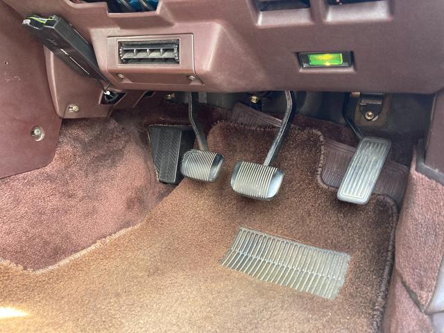 2.8GT-リミテッド タコ足 デュアルマフラー 5MT ツインカム SSR15AW 車高調 ETC(25枚目)