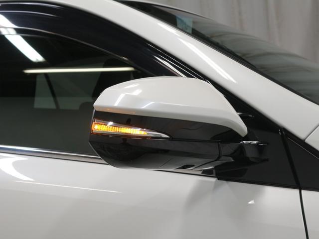 「トヨタ」「ハリアーハイブリッド」「SUV・クロカン」「大阪府」の中古車31