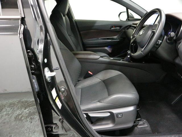 「トヨタ」「C-HR」「SUV・クロカン」「大阪府」の中古車5