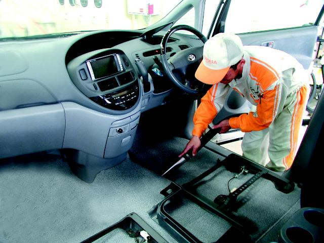 「トヨタ」「C-HR」「SUV・クロカン」「大阪府」の中古車26