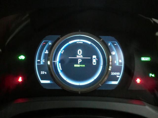 レクサス IS IS300h FスポーツXライン ムーンルーフ プリクラッシ