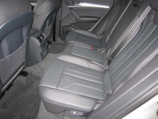 「アウディ」「Q5」「SUV・クロカン」「京都府」の中古車67