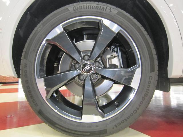 「アウディ」「Q5」「SUV・クロカン」「京都府」の中古車75