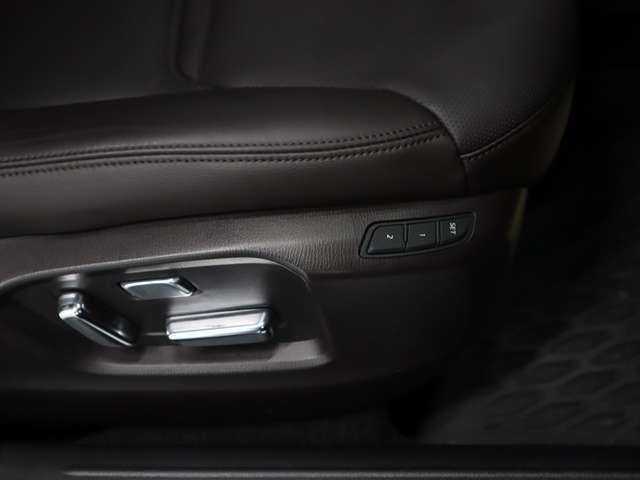 2.2 XD Lパッケージ ディーゼルターボ 4WD マツダ認定中古車 サポカー 衝突被害軽減ブレーキ マツダコネクトメモリーナビ 360度カメラ リアシートモニター LEDライト 3列シート 6人乗り(11枚目)