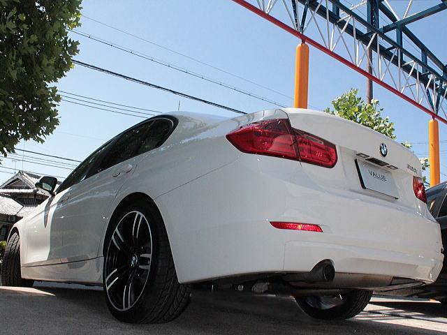 BMW BMW 320iGターボナビV1コンプリート新品19アルミエアロ