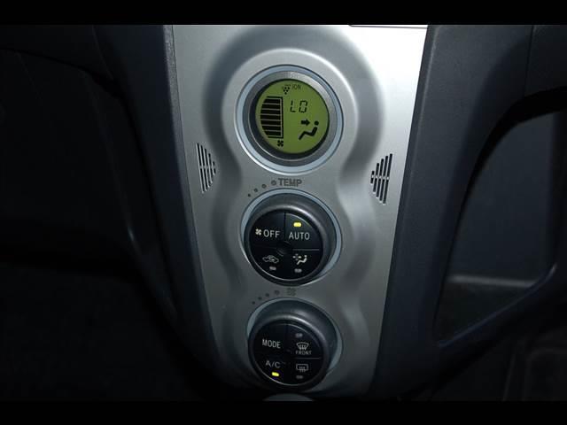 トヨタ ヴィッツ 1.3U 2WD