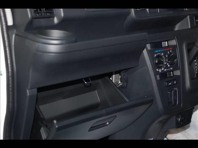 VB 4WD 5MT 車検33年2月 届出済未使用車(16枚目)