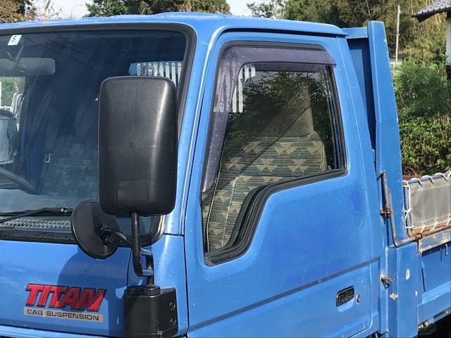 ダンプ トラック AC MT 修復歴無 ワンオーナー(4枚目)