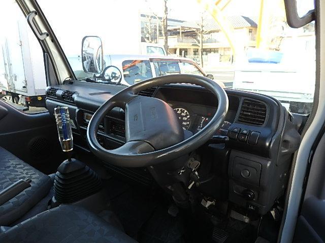 いすゞ エルフトラック 2t アルミバン NKR81AN