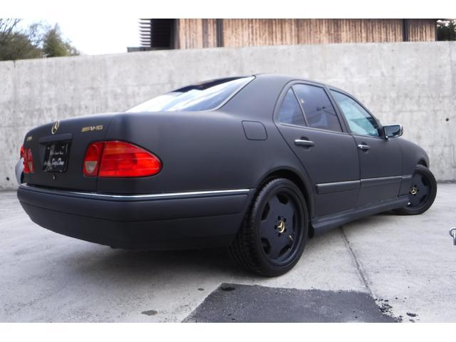 メルセデス・ベンツ M・ベンツ 後期AMG仕様マットブラック新品現行ルックウインカーミラー