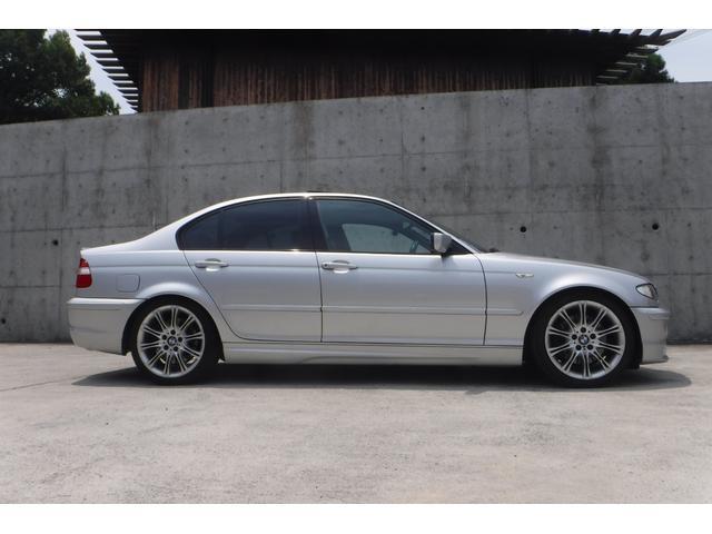 BMW BMW 330iMスポーツP黒革サンルーフHDDナビHIDライト
