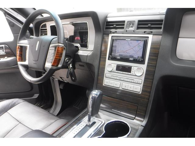 「リンカーン」「リンカーン ナビゲーター」「SUV・クロカン」「大阪府」の中古車16