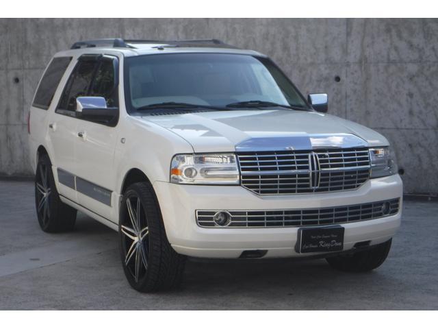 「リンカーン」「リンカーン ナビゲーター」「SUV・クロカン」「大阪府」の中古車26