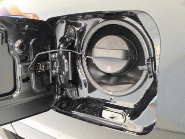 ハイブリッドG 4WD フルセグ DVD再生 ミュージックプレイヤー接続可 バックカメラ 衝突被害軽減システム ETC ドラレコ LEDヘッドランプ ワンオーナー(17枚目)