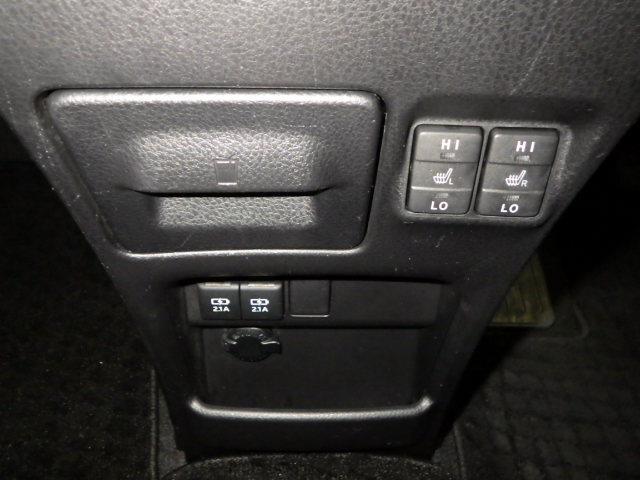 ハイブリッドG バックモニタ 地デジ 横滑り防止装置 LEDヘッド ワンオーナー クルコン 盗難防止システム ETC 3列シート DVD スマートキー ナビTV ドライブレコーダー CD アルミ キーフリー ABS(11枚目)