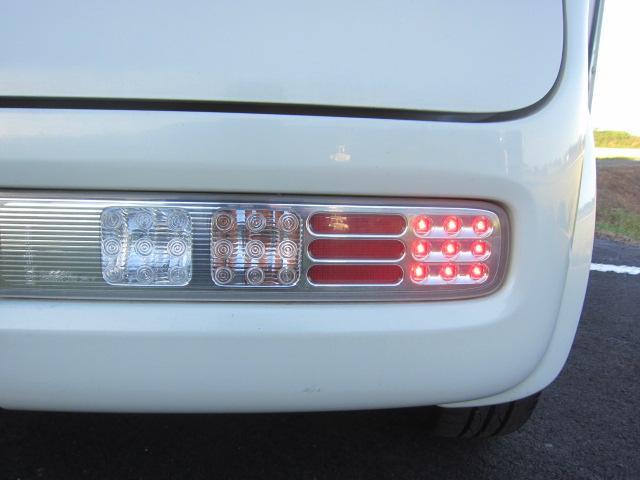 14S FOUR 4WD タイミングチェーン DVDナビ スマートキー HIDヘッドライト(26枚目)