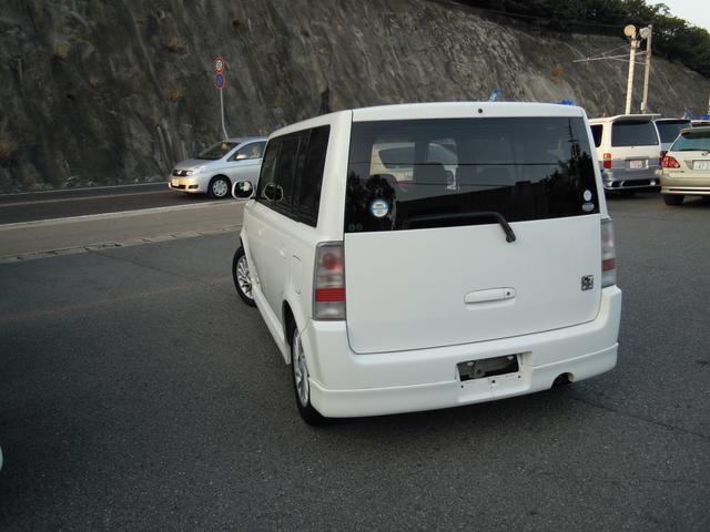 トヨタ bB Z マジョーラ Xバージョン キーレス