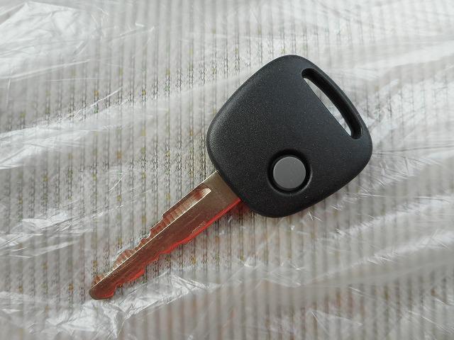 ボタン一つで楽々施錠♪手荷物がいっぱいでも簡単にロック・アンロックが可能です♪小さなお子様連れでも安心ですね♪