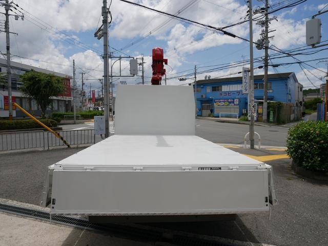 2Tユニック3段クレーン フックイン ラジコン付 ターボ(17枚目)