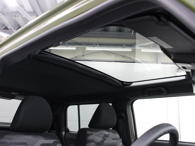 X サンルーフ 衝突被害軽減システム LEDヘッドランプ アイドリングストップ(16枚目)