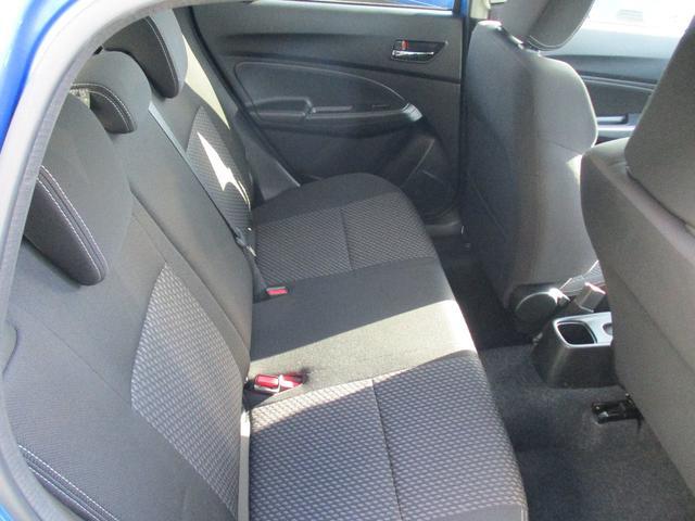 RSt メモリーナビ装着車・運転席シートヒーター(15枚目)