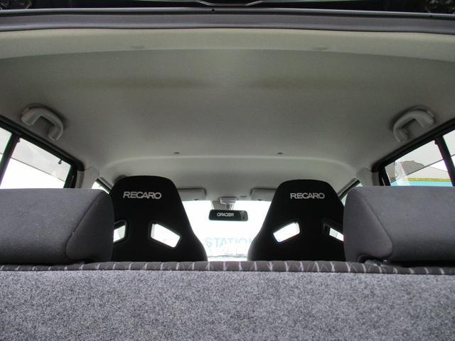 ベースグレード AT車 CDプレーヤー装着 ワークス AT車 オートギアシフト レカロシート(10枚目)