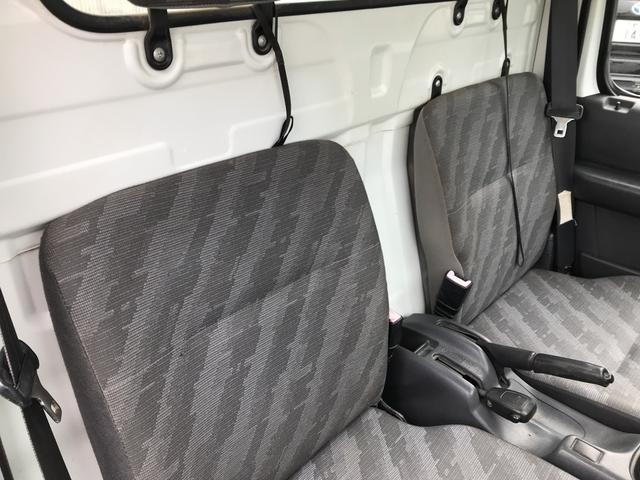 スズキ キャリイトラック KCエアコン・パワステ 4WD 5速MT 2人乗