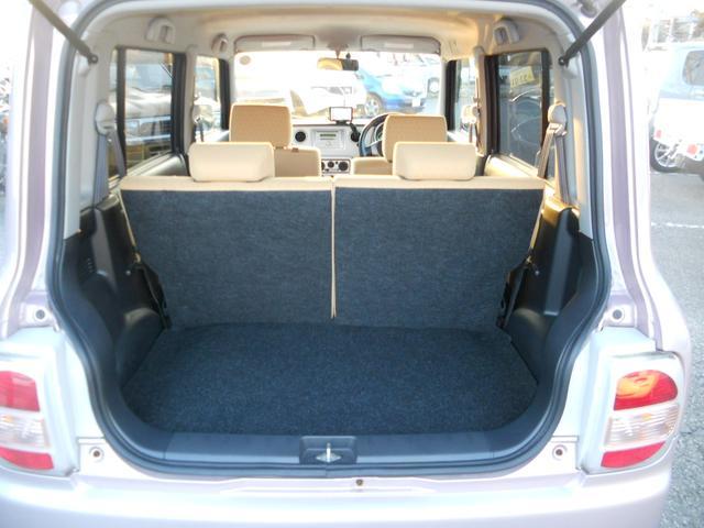 車内禁煙で嫌な匂いや汚れ等もなく良好!もちろんシートも特に目立つダメージも無く快適(^^)/