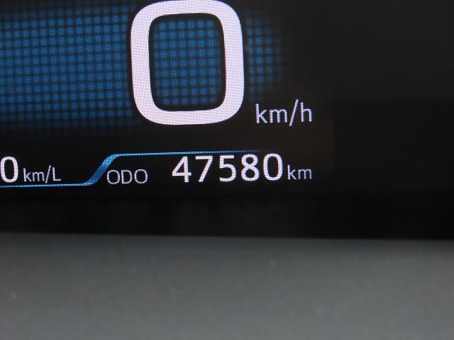 S ワンオーナー 安全装備搭載 純正HDDナビ LED(6枚目)