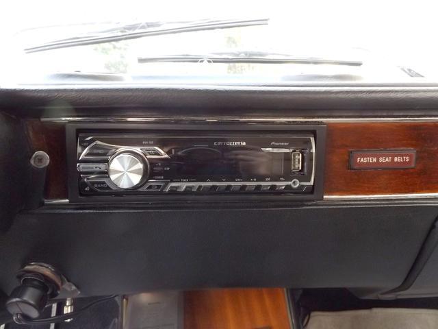 アルファロメオ アルファロメオ ジュリア 2000GTV 左H 5MT タンレザーシート ウェーバー