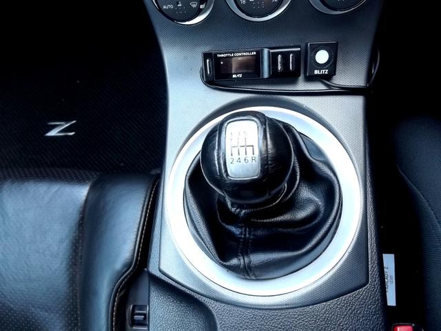 3.5L 6速マニュアル■BLITZスロットルコントローラーも装着済みでアクセルレスポンスを自在に制御可能です■