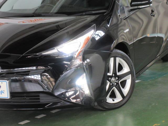 「トヨタ」「プリウス」「セダン」「和歌山県」の中古車16