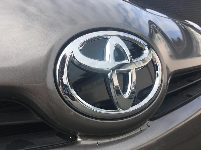 トヨタ プリウス S LED USDM Fスポーツ純正18インチ 新品車高調
