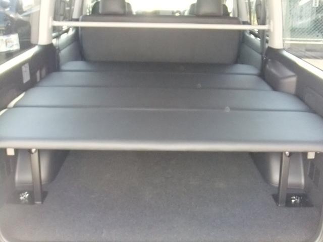 トヨタ ハイエースバン 5型ワイド 地デジナビ ホイール ベッドキット ローダウン
