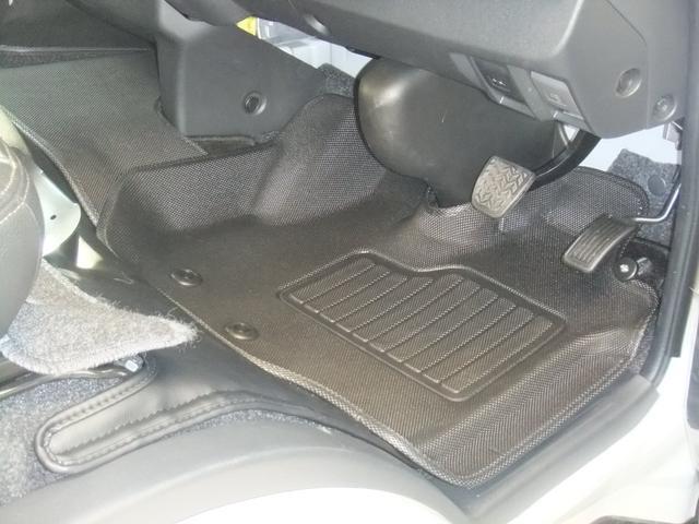 ロングスーパーGL 6型後期後期モデル フィッシングPKG 室内ロッドフォルダー 3Dラバーマット ルームランプLEDキット 最新地デジナビ バックカメラ 車中泊ベッドキット レザーシート(11枚目)