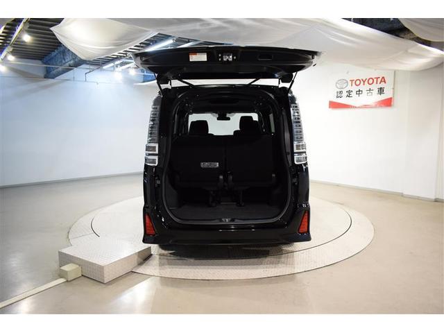 ZS フルセグ メモリーナビ DVD再生 バックカメラ 衝突被害軽減システム 両側電動スライド LEDヘッドランプ ウオークスルー 乗車定員7人 3列シート フルエアロ アイドリングストップ(9枚目)