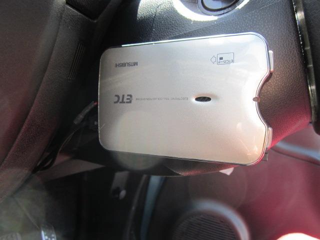 Xスペシャル 禁煙車 ETC ディーラー下取車 HDDナビ DVD視聴 キーレス CD エアバッグ タイヤ4本交換済み(16枚目)
