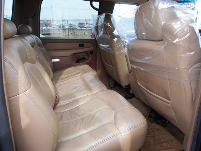 「シボレー」「シボレー サバーバン」「SUV・クロカン」「大阪府」の中古車6