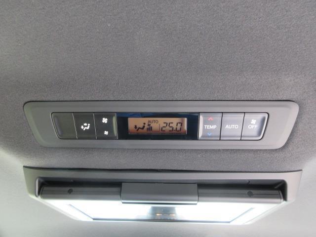 ZS 煌II フルセグ DVD再生 後席モニター バックカメラ 衝突被害軽減システム ETC ドラレコ 両側電動スライド LEDヘッドランプ ウオークスルー 乗車定員7人 3列シート ワンオーナー フルエアロ(10枚目)